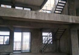 万象城旁复式,南北通透6房,双露台和10米长3阳台