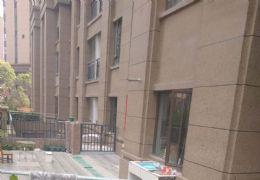 章江新区滨江二小学区精致小三房带前后花园仅售117