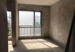 水岸新天4室2厅出售