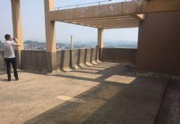 大润发国际时代旁,顶楼复式带200平露台 一线江景