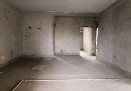 水岸新天161平米4室2厅2卫出售