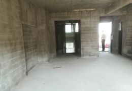 中航云府学区房189平米4室2厅2卫诚心出售