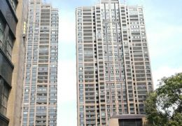 新区嘉福金融中心一线江景4房2厅2卫急售200万