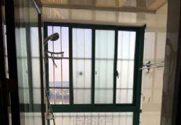东方胜境115平米精装3房96万出售