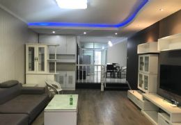 开发区杨梅渡大桥旁超好户型豪华装修四房只售126万