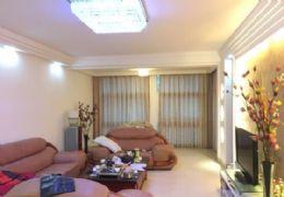 沃尔玛附近 滨江爱丁堡 精装3房2厅 仅售135万