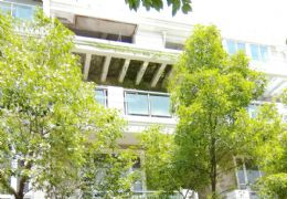 兰亭半岛三层半别墅毛坯五房269平米+私家花园268万元