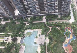 宝能城 朝南大阳台 大四房 高楼层 满两年180万