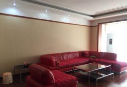 榕树苑140平米3室2厅2卫精装修带车库出售