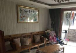 章江新区豪德小学学区大三房148万带家具家电出售!