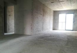 章江新区  178平米  仅售248万