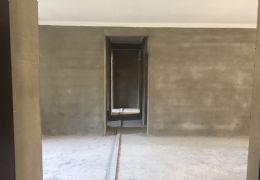 新区,中海国际——大气4房,带双阳台——225万急