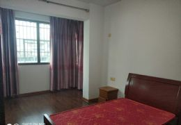 鹭江花园138平米3室2厅2卫出售