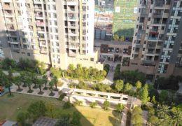 章江新区  生态公园旁中央城83平经典小三房 出售