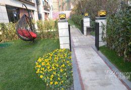 海亮152平别墅带花园110平,5房带车位276万