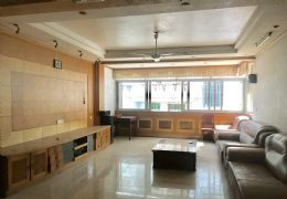 厚德路学区房168平米4室首付15万总价94万