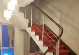 九方巨亿城旁电梯江景精装四房,带百平露台,仅135