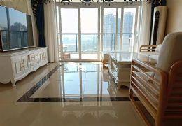 新區紅旗二小旁160平米4室2廳2衛出租