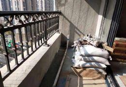 新區中海華府,南北通透,精裝三房未入住中間樓層急售
