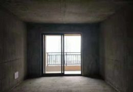 筍盤!章江新區3房2廳黃金樓層無遮擋,僅售120萬