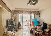 水韻花都旁精裝三房125平只賣90萬
