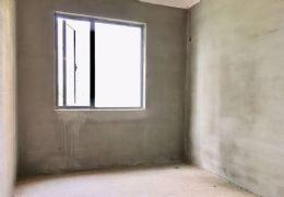 中海华府 正规4房 单价1万2不到,房东外地发展,