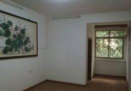 钓鱼台156平米3室2厅1卫出售