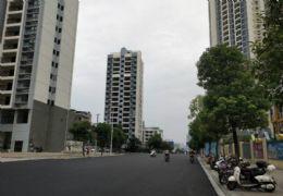 章江新区 宝能城沿街现铺自带大型商业综合体 可自用