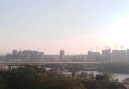 开发区江景小三房 中间楼层 采光视野非常好