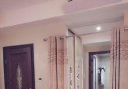 中海华府豪华装修超大4室2厅2卫低价出售