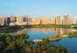 万象城旁135平4房165万,全线湖景,中间楼层