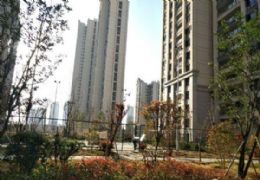 丽景江山104平米4室2厅1卫出售
