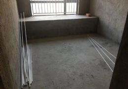 章江新区湖景露台之上,13米超大阳台,惊现一万单价