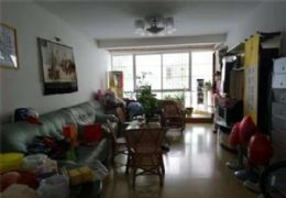 银顶花园153平米4室2厅2卫出售