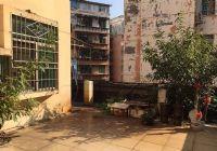 黄屋坪125平米3室2厅2卫带露台60平方米急出售