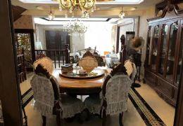 开发区 桃源丽景花园别墅6室3厅3卫 仅售385万