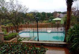 独栋别墅带独家泳池送前后800㎡独家花园奢华装修