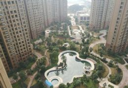 章江新区,江景房,正规四房,中间楼层只要160万