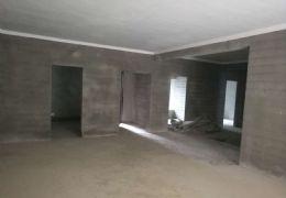 花园别墅兴国路150平米4室2厅2卫出售