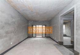 新区中心位置,华润电梯四居室,中间楼层采光无遮档