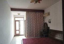 八一四大道156平米4室2厅1卫出售