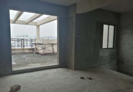 春江花月 电梯复式 可做的两 套附近三房 送大露台