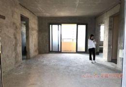 章江新区单价1万2千多 宝能太古城142平米四房1