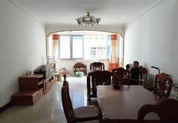 南門口國光對面126平米4室2廳2衛出售