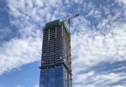 宝能中心,甲级写字楼,单价一万二简装交付,层高4米