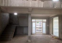 赣州市政府黄金时代 电梯复式楼 带150平私家露台