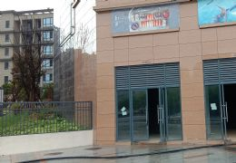 中海国际社区 学校对面7米层高 小区口对流旺铺出售