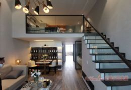世紀之門旁  臨江復式公寓 唯一通天然氣公寓49萬