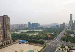 章江新区 中央公园 湖景四房 2米宽8米长向南阳台