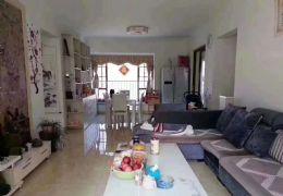 云星中央星城118平米3室2厅2卫出售